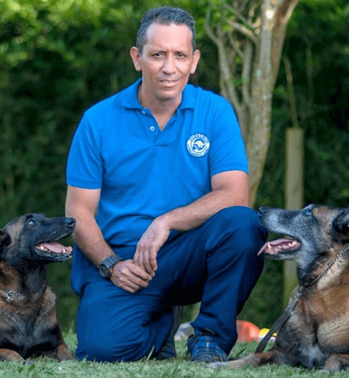 Alvaro Osorio adiestrador canino